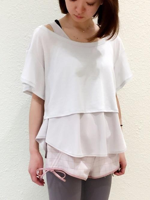 Tシャツを使ったエアロビの服装