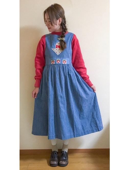 ブルー×レッドにまとめたカントリーファッション