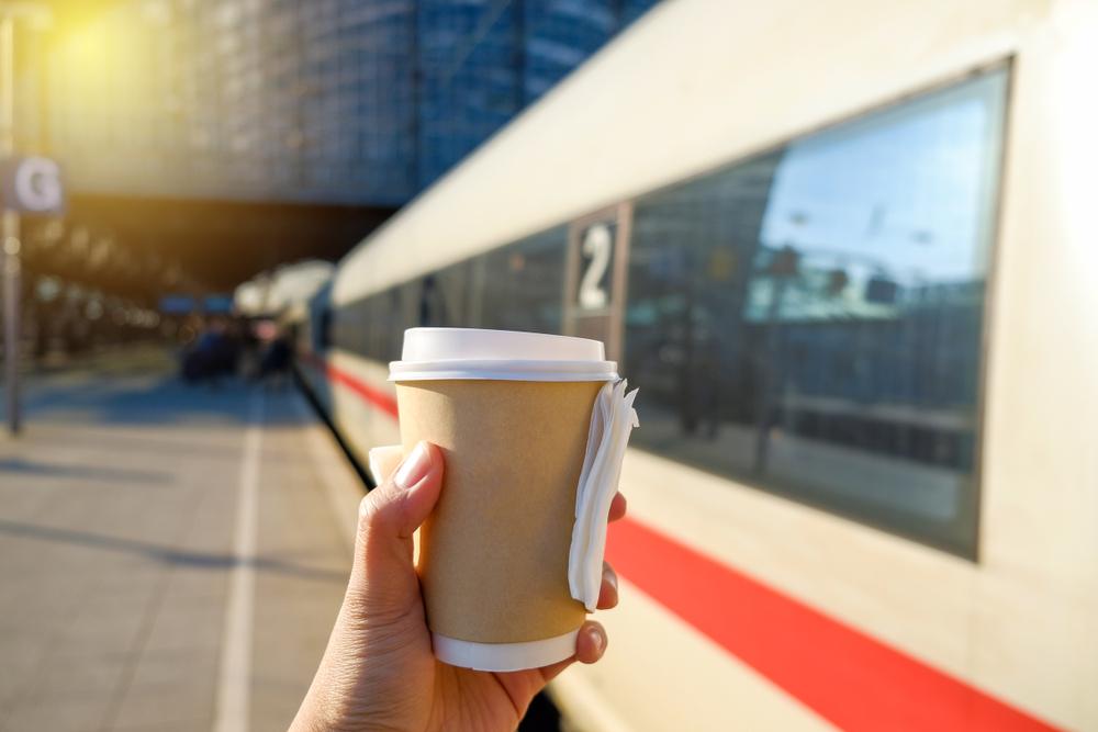 電車とコーヒー