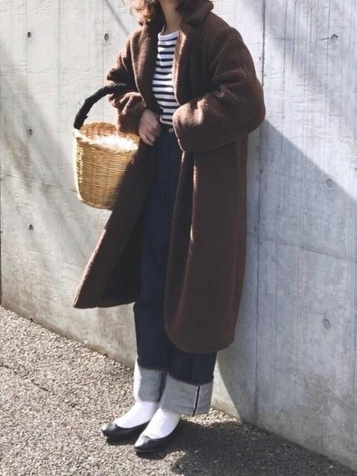 冬におすすめのデニムのウエストインコーデ