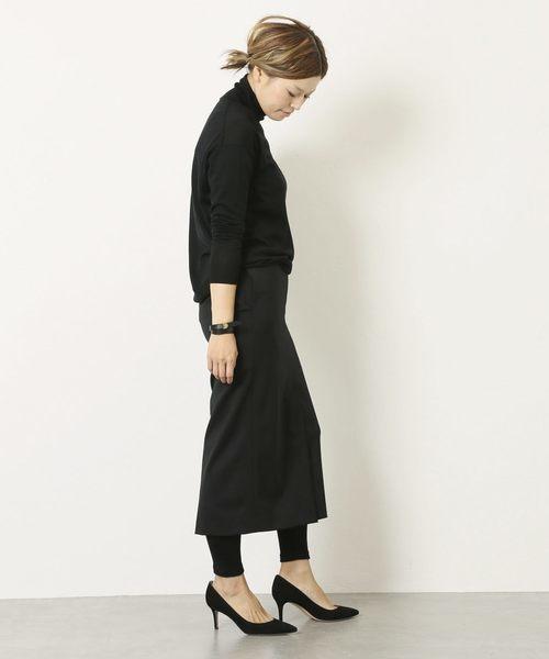 黒タイトスカートのコーデ