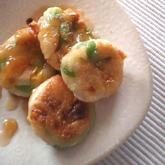 おかずになる、枝豆入り豆腐白玉のみたらし団子のレシピ