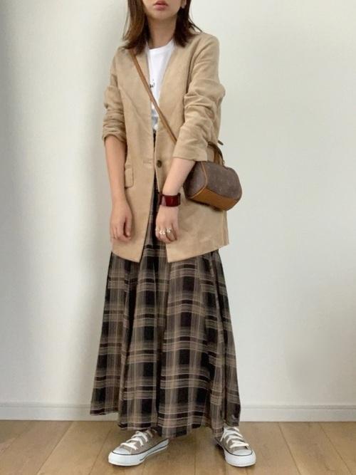 茶色チェックスカート×ジャケット