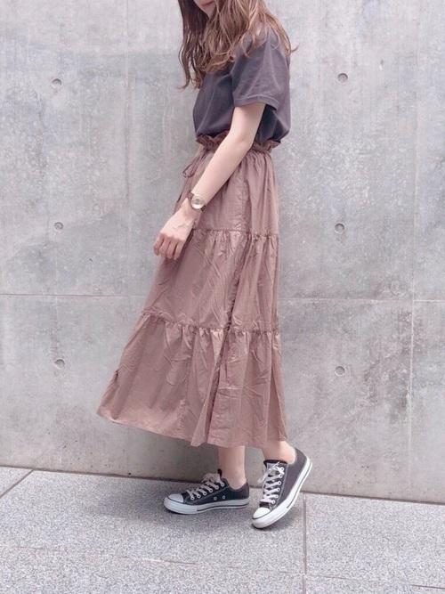 スカートを使ったさくらんぼ狩りの服装