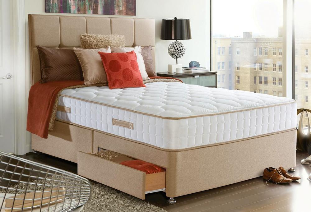 ベッドとベッドマットレス