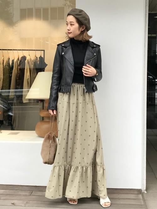 秋のギリシャ旅行に適した服装