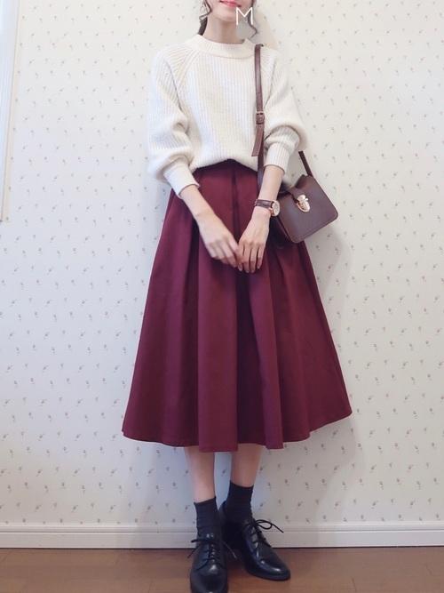ベリー色スカート