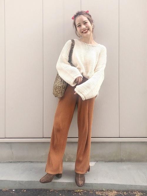 リブニットパンツを使った梨狩りの服装