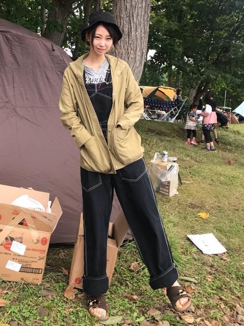 キャンプの虫対策におすすめの服装