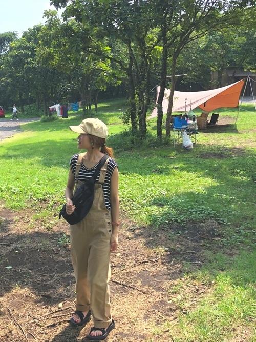 夏のキャンプにおすすめの服装
