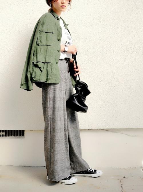 散歩に適した40代の服装