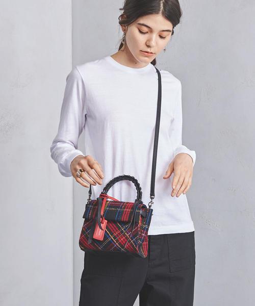 タータンチェック柄のバッグ