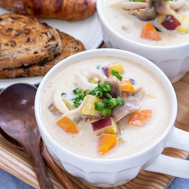 お野菜たっぷり!ほっこり豆乳味噌スープ♡