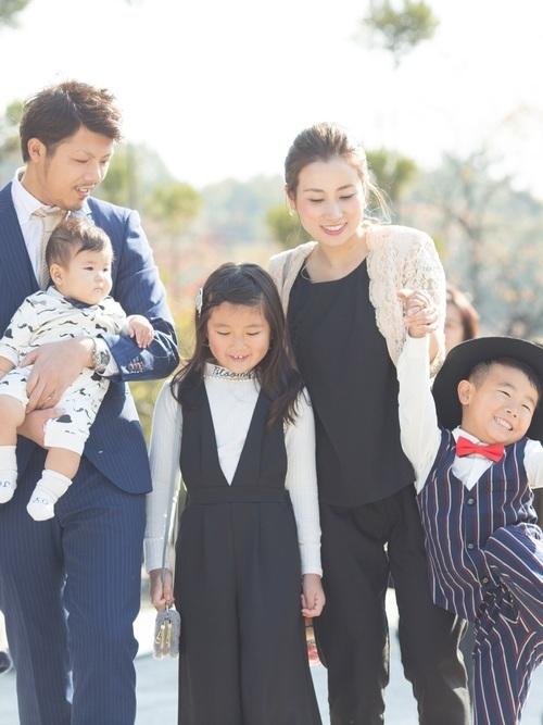 家族写真におすすめのフォーマルな服装