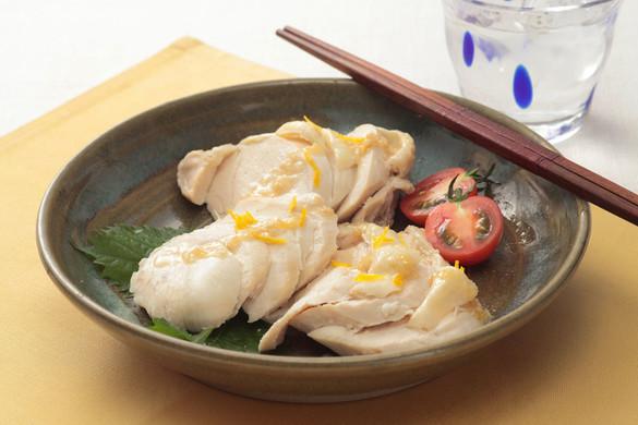 塩麹マリネの蒸し鶏 柚子風味