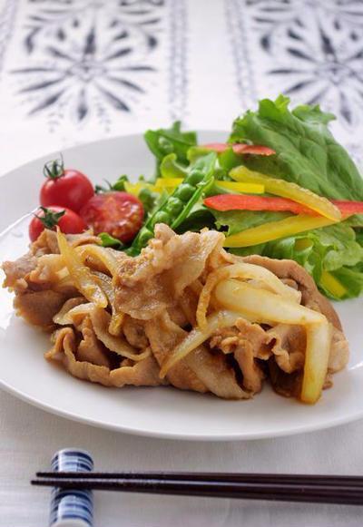 おろし玉ねぎが隠し味!我が家の豚肉の生姜焼きのレシピ