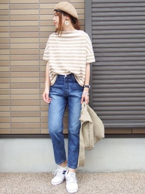ベージュボーダーTシャツの夏コーデ