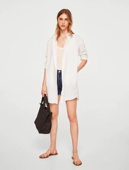 オーバーサイズをジャケットのように着る白シャツレディースコーデ