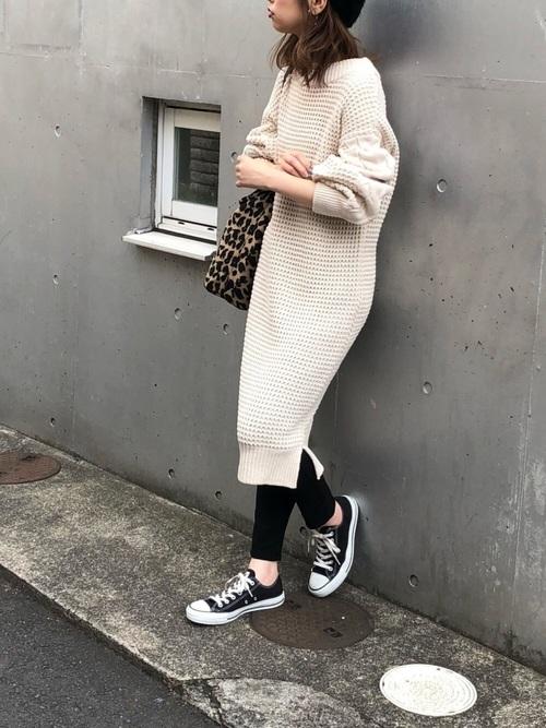 ニットワンピを使ったオーストラリアの服装
