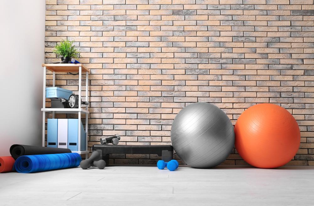 バランスボールとトレーニングアイテム