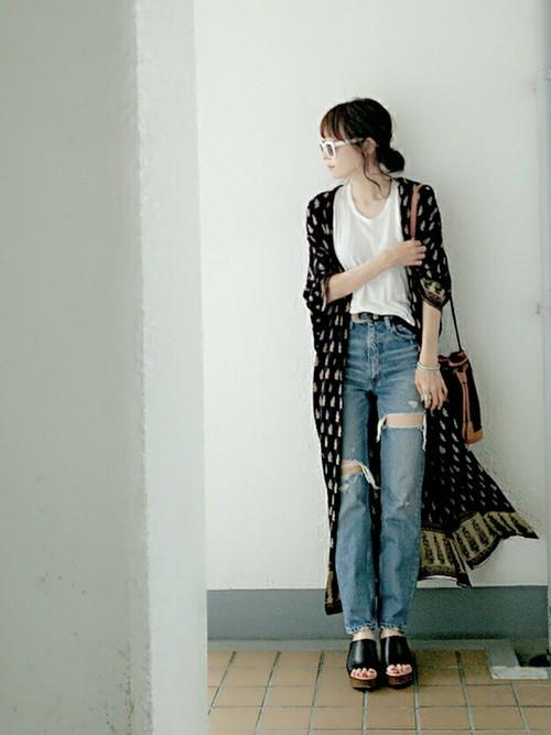 デニムパンツを使ったベトナムの服装