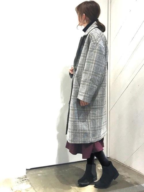 チェック柄コート×ロングスカート