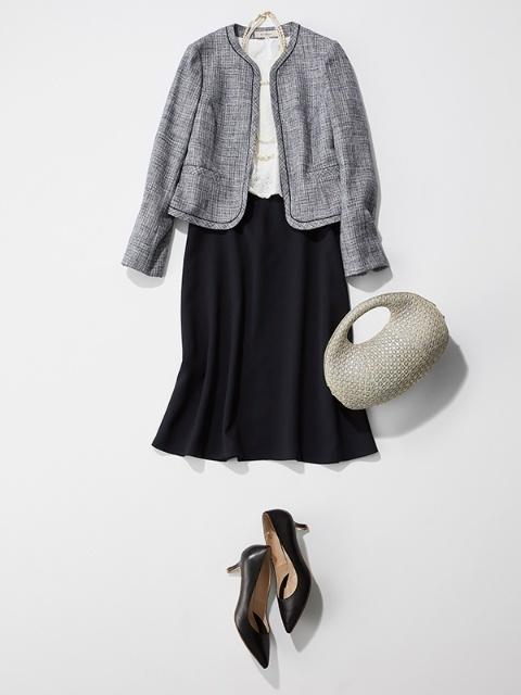結納の母親の服装におすすめのワンピース×ジャケットのスーツ
