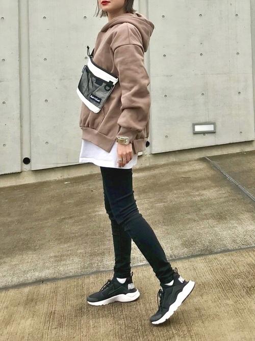 スキニーパンツと相性のいい靴【1】