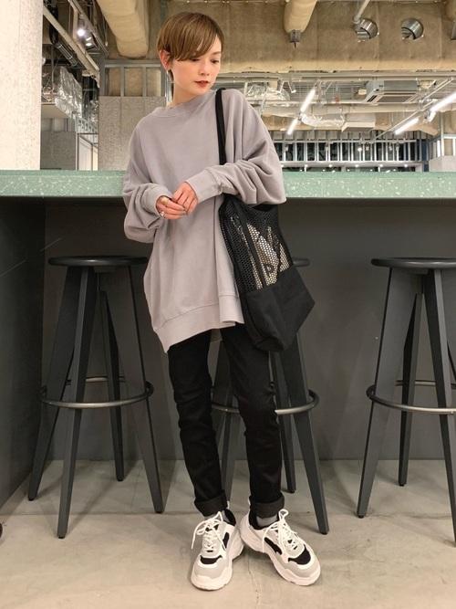 スキニーパンツと相性のいい靴【2】