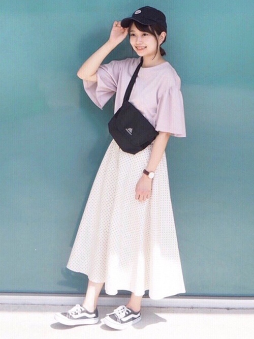 フレアスカートを使った夏の初デートの服装