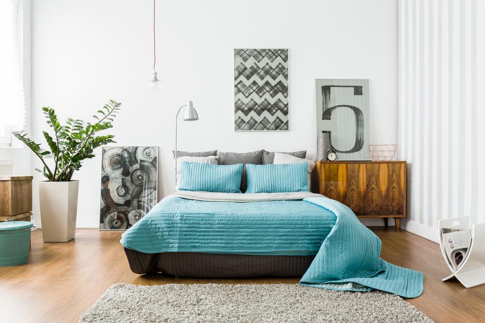 ブルーが基調の寝室