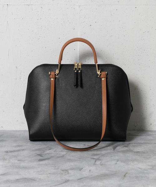 女性用のバッグ