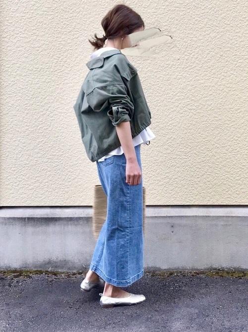 デニムロングスカート×ミリタリージャケット