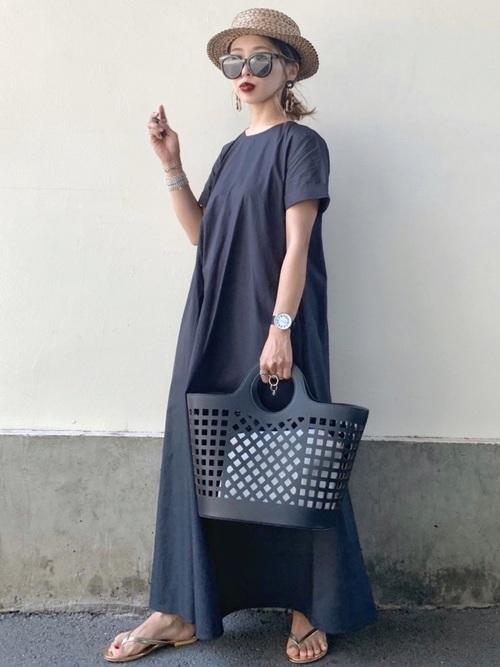 マキシ丈ワンピを使った小豆島の服装