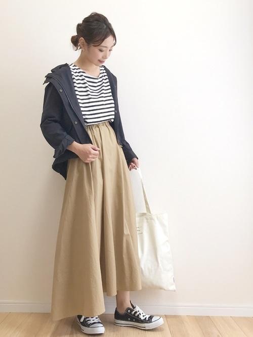 チノスカートを使った小豆島の服装