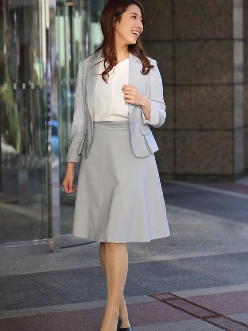 式典や大切な会議に適した市役所職員の服装