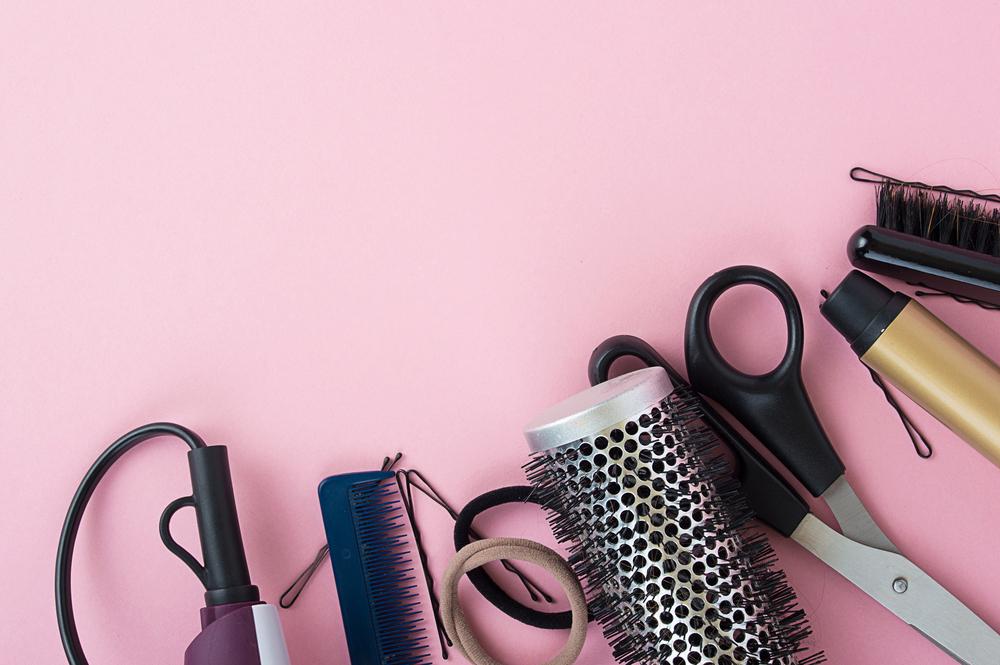 前髪をセルフカットする際の道具
