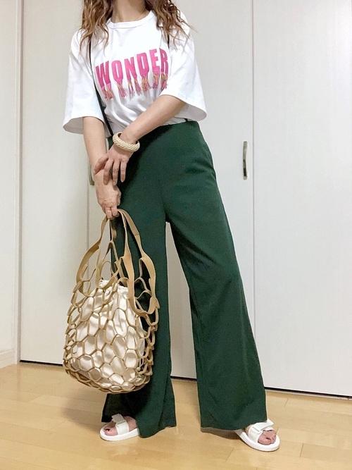 オーバーサイズTシャツ×ワイドパンツ×ユニクロサンダル