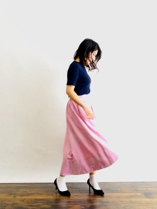 Tシャツ×ロングスカート
