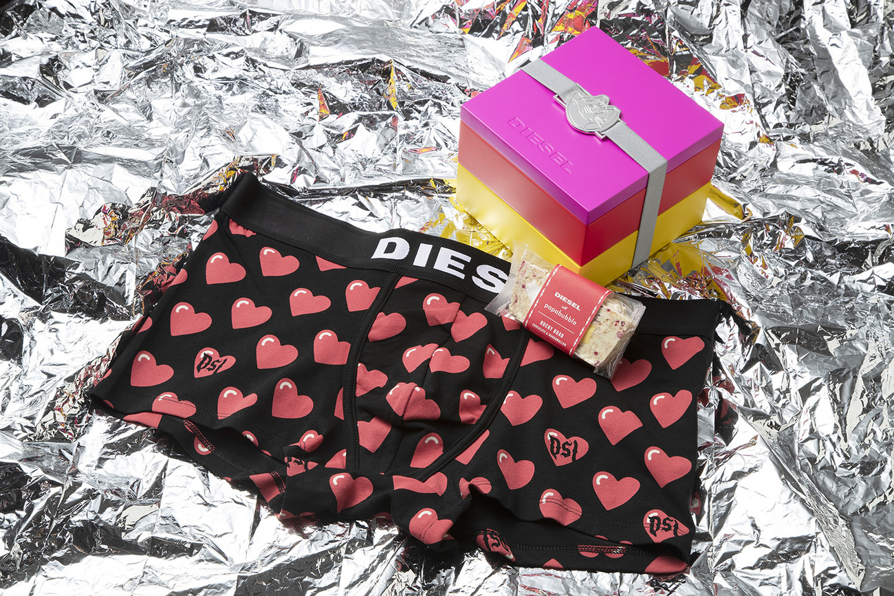 2019 DIESEL VALENTINE WITH PAPABUBBLE SPECIAL PACKAGE