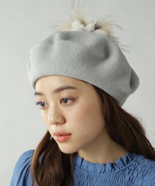 四角顔に合うベレー帽のかぶり方