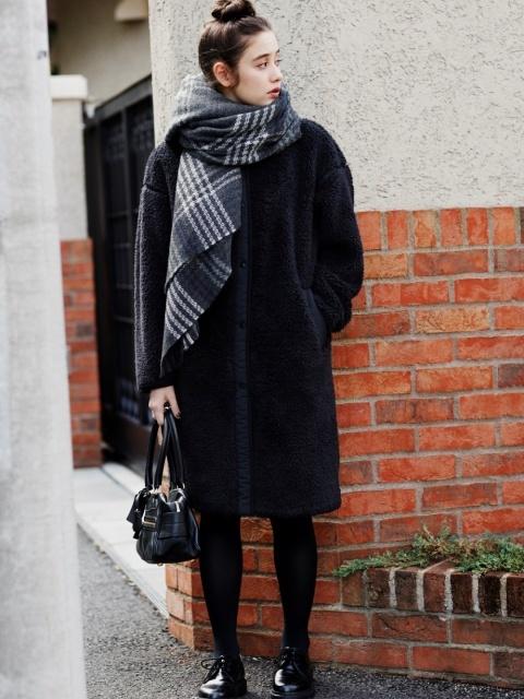 寒さ対策しつつおしゃれな大人女子の服装