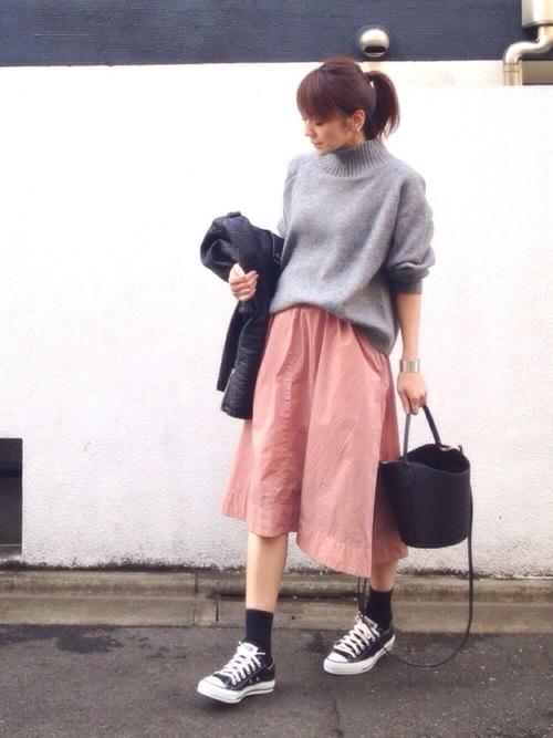 くすみピンクスカート