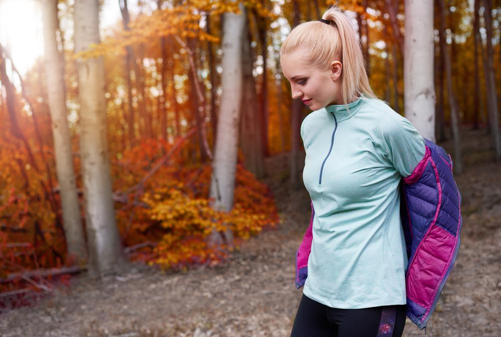 スポーツウェアを着ている女性