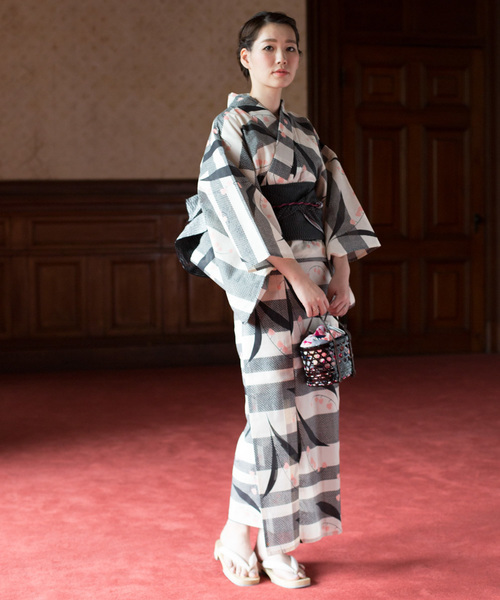 歌舞伎鑑賞におすすめの浴衣