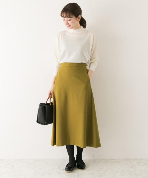 Aラインスカートとニットコーデ