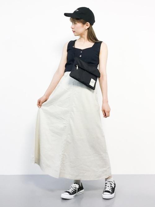 キャップとAラインスカート