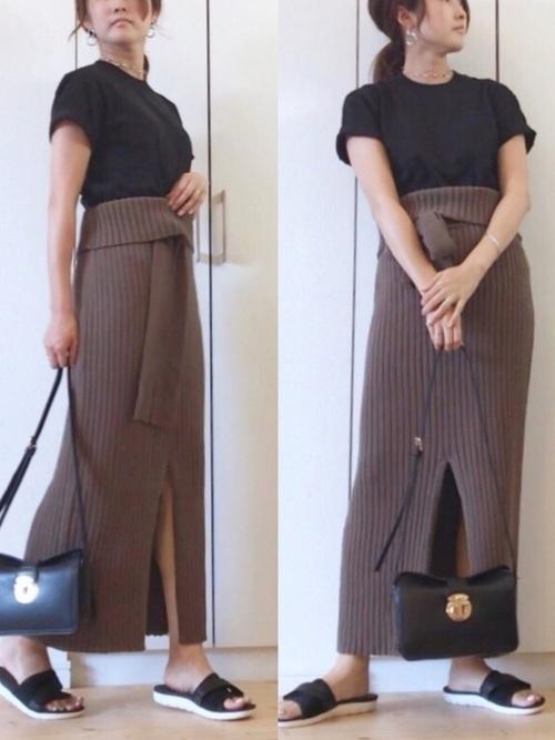 ブラウンのニットスカート