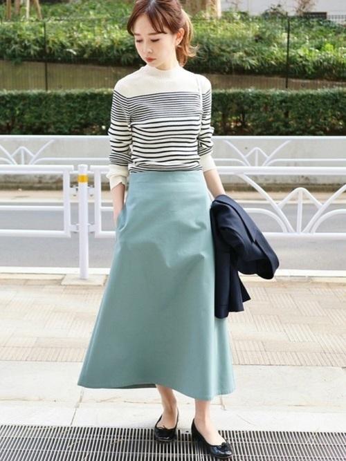 薄手ニットを使った鎌倉の服装