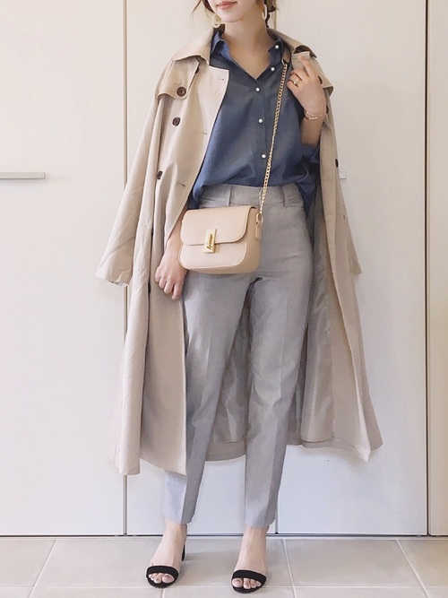 トレンチコートを使った迎賓館見学の服装